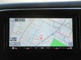 クラリオン製メモリーナビ装備!(GCX779W)カメラ映像がナビに映し出されるので駐車の時に安心です。