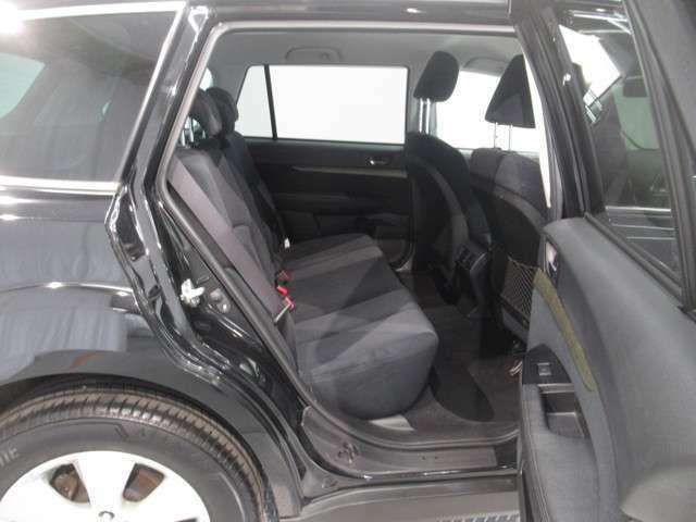 ☆車内洗浄☆ スチームと専用洗剤で汚れを除去し、樹脂の部分はコーティング仕上げで、しっとり艶出しします!