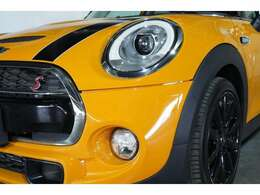 BMWJAPAN100%出資子会社!MINIは他に100台以上在庫があり。MINIネクスト勝どきにはココに掲載しきれない未使用車多数ございます!!是非、担当のセールスにご相談ください!!