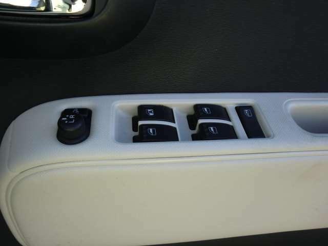 当社在庫車両をご覧頂き有難うございます。在庫、装備お気軽にお問い合わせください。TEL0138-46-6411