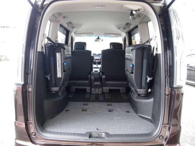 ☆リアシートを畳めば大きな荷物も搭載可能です!ご家族やお友達とのお出かけも楽しくなりそうです☆