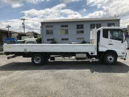 車両総重量7,975キロ!現中型免許、旧普通免許(8t限定)で運転可能!