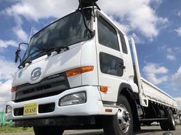 UDトラックス コンドル 3.75t積標準平ボディ6速MTベッド付 荷台長620cm丸かんフック4対