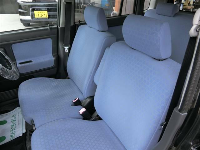 各座席です!ご希望に応じてシートカバーの取り付けも行っておりますので、お気軽にご相談下さい♪