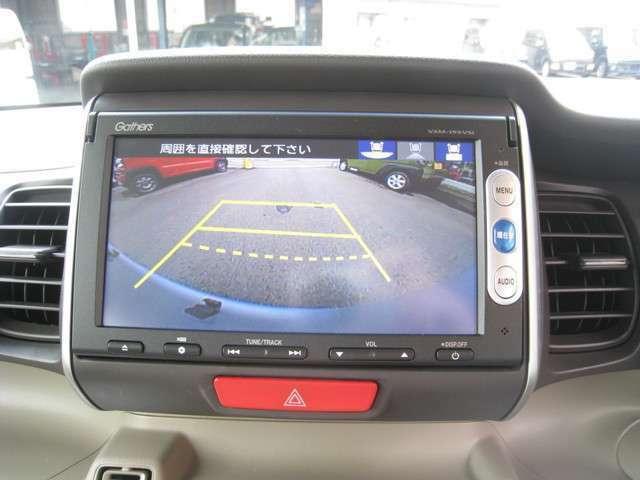 ナビ・Bluetooth/DVD・SD再生・リアカメラ