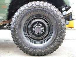 鉄板の組み合わせ、BFG MT タイヤ×純正スチールホイール装着済です!