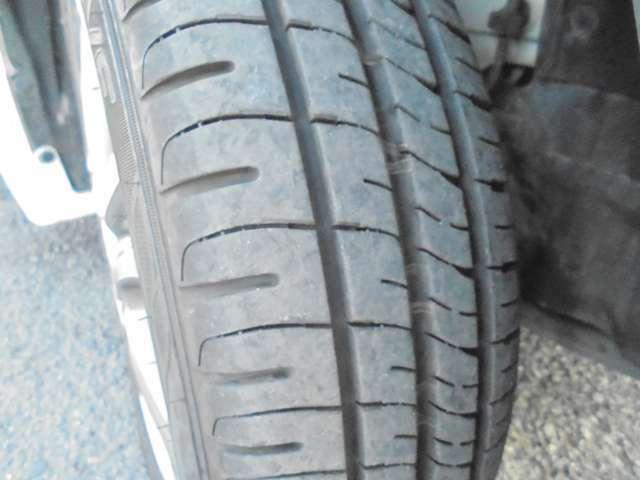 タイヤの山まだ残ってます!これからの走行距離と使い方にもよりますが、すぐに買いかえる心配もないかと思います。