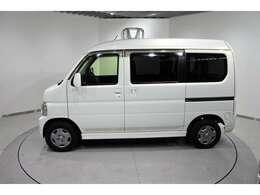 弊社は、車両本体価格に、整備代金が含まれております。納車時までにホンダの整備士がしっかりと点検整備をさせていただいておりますので、ご安心してお買い求めしていただけますよ♪