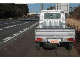 5速 4WD 農用スペシャル エアコン パワステ 荷台作業灯 荷台マット あおりガード 三方開き