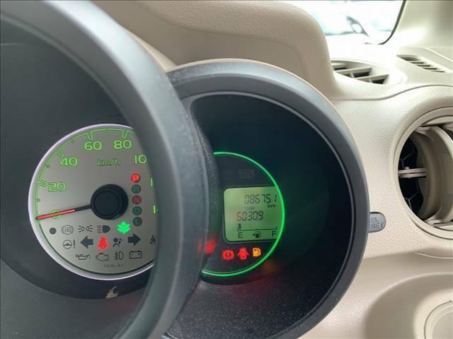 走行距離約8.7万kmのお車です!長く乗るにはピッタリのお車です!視認性も良く、ガソリンの残量も一目でわかります!