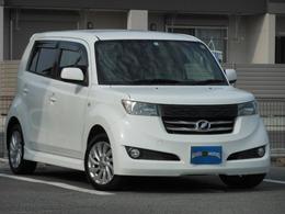 トヨタ bB 1.5 Z Qバージョン 新品シートカバー/11スピーカーイルミ