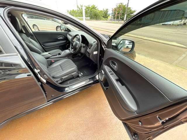 運転席の画像です