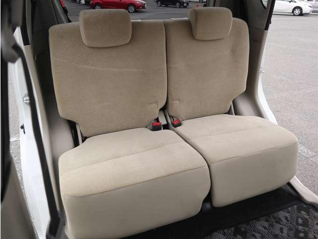 「2ndシート」 シートなどの状態も良く、目立つような傷や汚れはありません