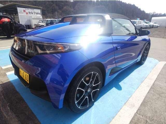 お車気になる箇所などございましたらメールにて画像を送らせていただきます。eigyo2.pgm13@honda-auto.ne.jp までよろしくお願い致します。