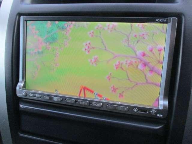 Bプラン画像:ワンセグTV+DVDの視聴も可能です♪ロングドライブの時でも快適にドライブをお楽しみ頂けます♪お車ですが居住性もございます♪