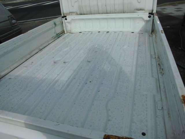 ゴムマットひいてましたので荷台もきれいです!