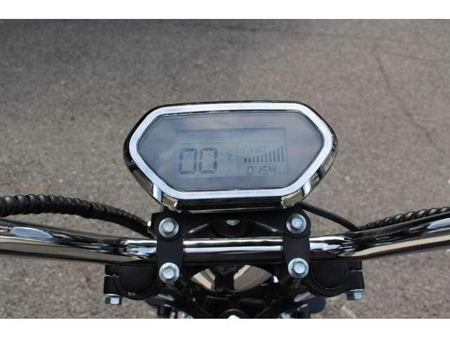 3段階の変速モード・LEDライト・ウインカー・ブレーキランプ・ナンバー灯・泥除けカバー標準装備!ミニカー登録・車検不要・ヘルメット不要・車庫証明不要・公道走行可