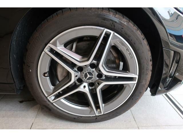 ジロン自動車ではヴィンテージ/クラシックカー販売、修理においても長年の実績がございます。戦前のヨーロッパ車から最新のスーパーカーまで、メーカー、時代を問わず手掛けております。