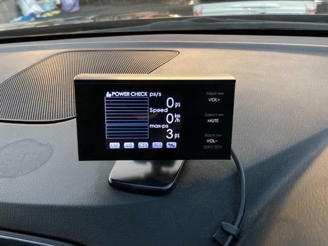 気になる車はすぐにお問い合わせください!画面右側の0066から始まる無料ダイヤルからお問い合わせ下さい!専門スタッフがお車のご質問にお答えいたします!