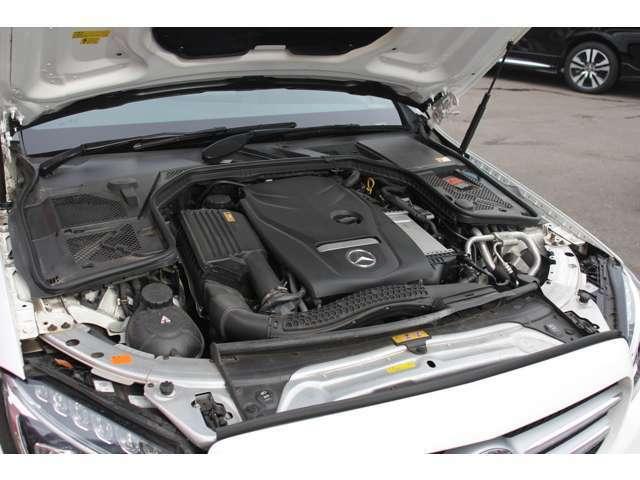 2000CCターボエンジンはパワフル且つ高燃費です