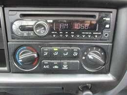 CDオーディオです。エアコン装備です