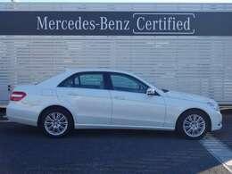 メルセデスの認定中古車では、専用のコールセンターにオペレータが24時間365日待機。万一走行不能となった場合でも、現場での応急処置、車両の牽引など無料でサポートします。