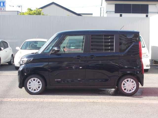 車内のプライバシーを守り、有害な紫外線をカット、断熱効果にも優れたプライバシーガラス!!