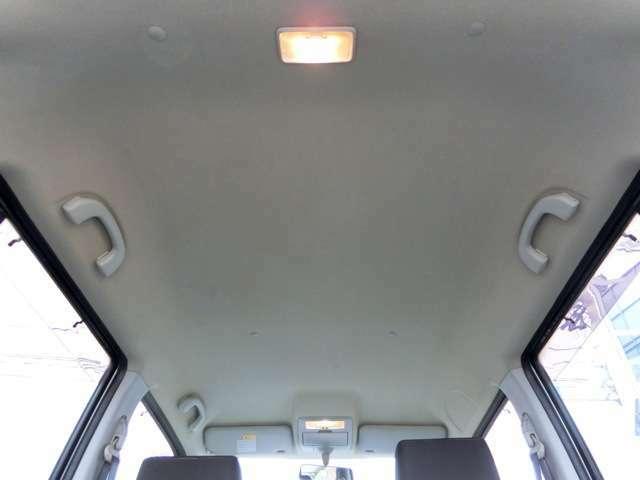 天井に目立つキズや穴等なく、これ程の状態を保っております。