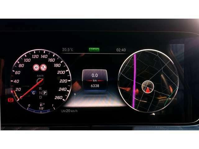 CLS450が入庫しました! 記録簿付き/シートヒーター/クルーズコントロール/純正ナビ/TV/360/カメラ/ETC/レッド・ブラックレザーシート/スライディングルーフ/19inchアルミ/車検令和4年4月/走行0.7万Km