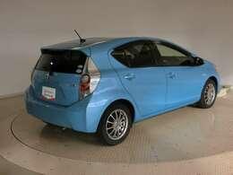 安心の保証付きで販売しております。保証は全国のトヨタディーラーサービス工場で受けられます。(別途有料にてご納車から3年間の延長保証可能です)