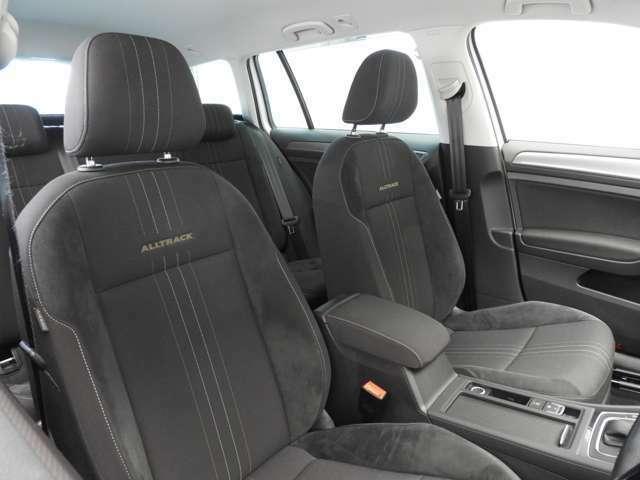 ☆フロントエアバッグ(運転席/助手席)・ニーエアバッグ・サイドエアバッグ(前席/後席)・カーテンエアバッグを採用☆