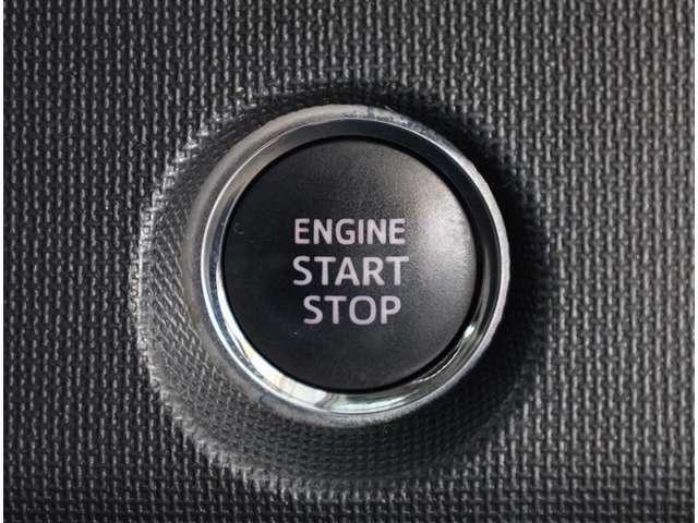 プッシュエンジンスタートスイッチです♪ 便利な機能ですね
