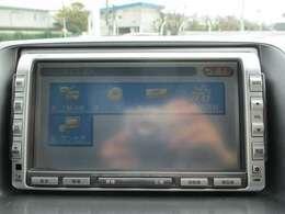 純正HDDナビ(VXH-082C)です。CD再生のほかにもワンセグTV、ミュージックサーバーも装備されとっても便利です!