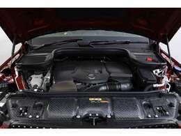 2.0リッターDOHC 直列4気筒ディーゼルターボチャージャーエンジン 245PS/71.4kgm