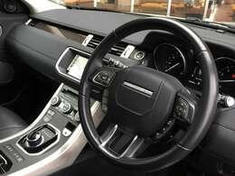 LIBERALAでは輸入車でも最長5年間の保証がご選択頂ける車種がございます。「中古車は不安」というお客様の声にお応えし、お客様の安心安全のために業界最長の保証を実現致しました。