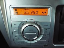 温度設定するだけで自動的に風量の調節をしてくれるオートエアコン機能付き!