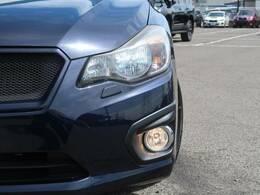 HIDヘッドライト♪オプション価格(¥60000)暗い夜道や視界の悪い日でも快適ドライブが楽しめます♪見た目もかっこよく見えますよ☆