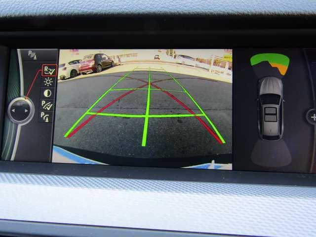 バックカメラ』でスムースな駐車と安全確認をサポートします♪