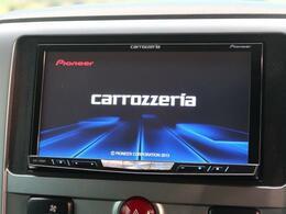 メモリーナビ!!DVD再生やフルセグTVの視聴も可能です☆高性能&多機能ナビでドライブも快適ですよ☆