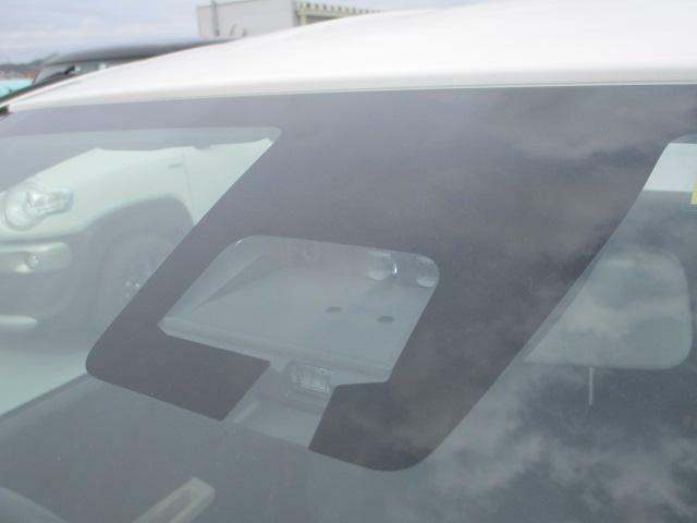 デュアルセンサーブレーキサポート付きで安全運転サポートします