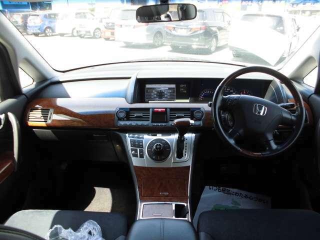 無料洗車や車内の掃除により、極力新車時に近い状態にしてお客様に車をお返しするサービス精神を持って努めております。