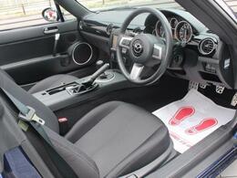 GTNETでは入庫した全ての車両に対し販売前の入庫チェックを行いお客様に安心と快適のドライブをお約束しています!メカニックの『入庫チェックOK!』これがお客様に自信を持ってオススメする合図となります!