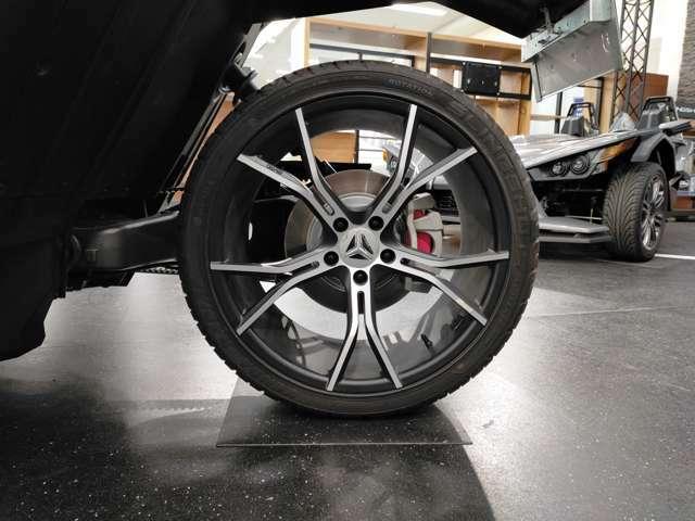 スリングショットSL専用255/35ZR20インチタイヤ・アルミホイール