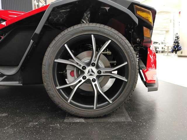 スリングショットSL専用225/45ZR18インチタイヤ・アルミホイール