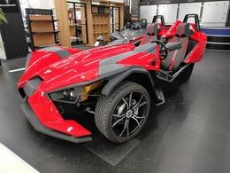 輸入車その他 ポラリス・スリングショット SL 5速MT 後輪駆動 左ハンドル アルミホイール 6スピーカー