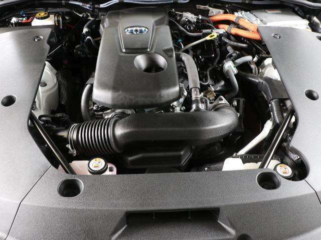 当社の車はロングラン保証が付いています。 オールトヨタ、全国約5000ヵ所のトヨタテクノショップで対応できます。 エンジン、エアコン、ナビなどなど幅広く保証してくれますよ。 詳しくはスタッフへ。