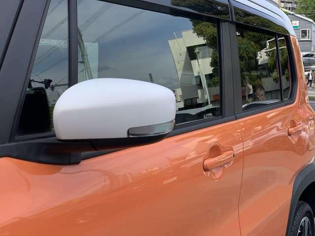 「ウインカーミラー」 見た目だけでなく、対向車からの視認性の向上につながって安全度もアップ☆