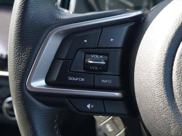 片手でコントロール可能!楽しくドライブできますね♪