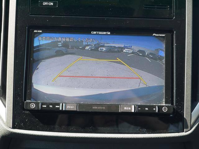 後方リヤビューカメラもあり安心。ガイドラインが駐車のサポートをしてくれます!車体感覚をつかむのに役に立ちます。