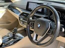 前車追従機能のアクティブクルーズコントロール、高速道路などでの隊列走行時に便利です。